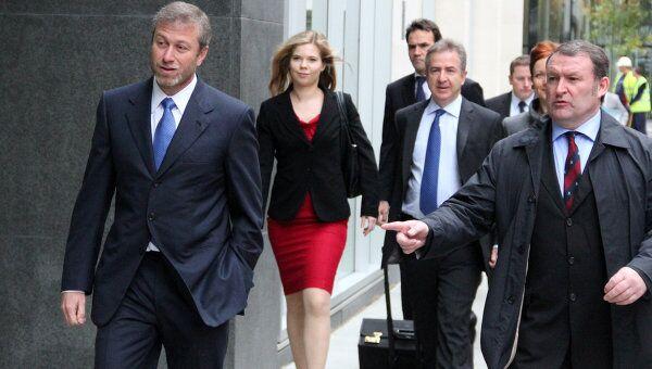 Бизнесмен Роман Абрамович прибыл в Высокий суд в Лондоне