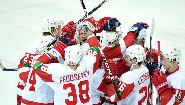 Хоккеисты Витязя. Архивное фото