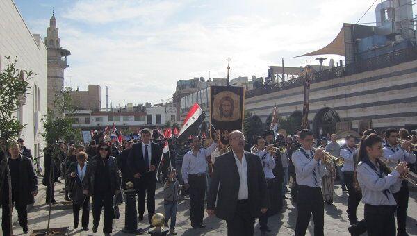Торжественная процессия к Успенскому кафедральному собору Дамаска в честь визита патриарха Московского и всея Руси