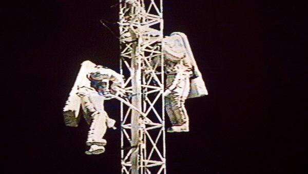 Космонавты. Архив