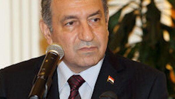 Правительство Египта подало в отставку на фоне столкновений в Каире