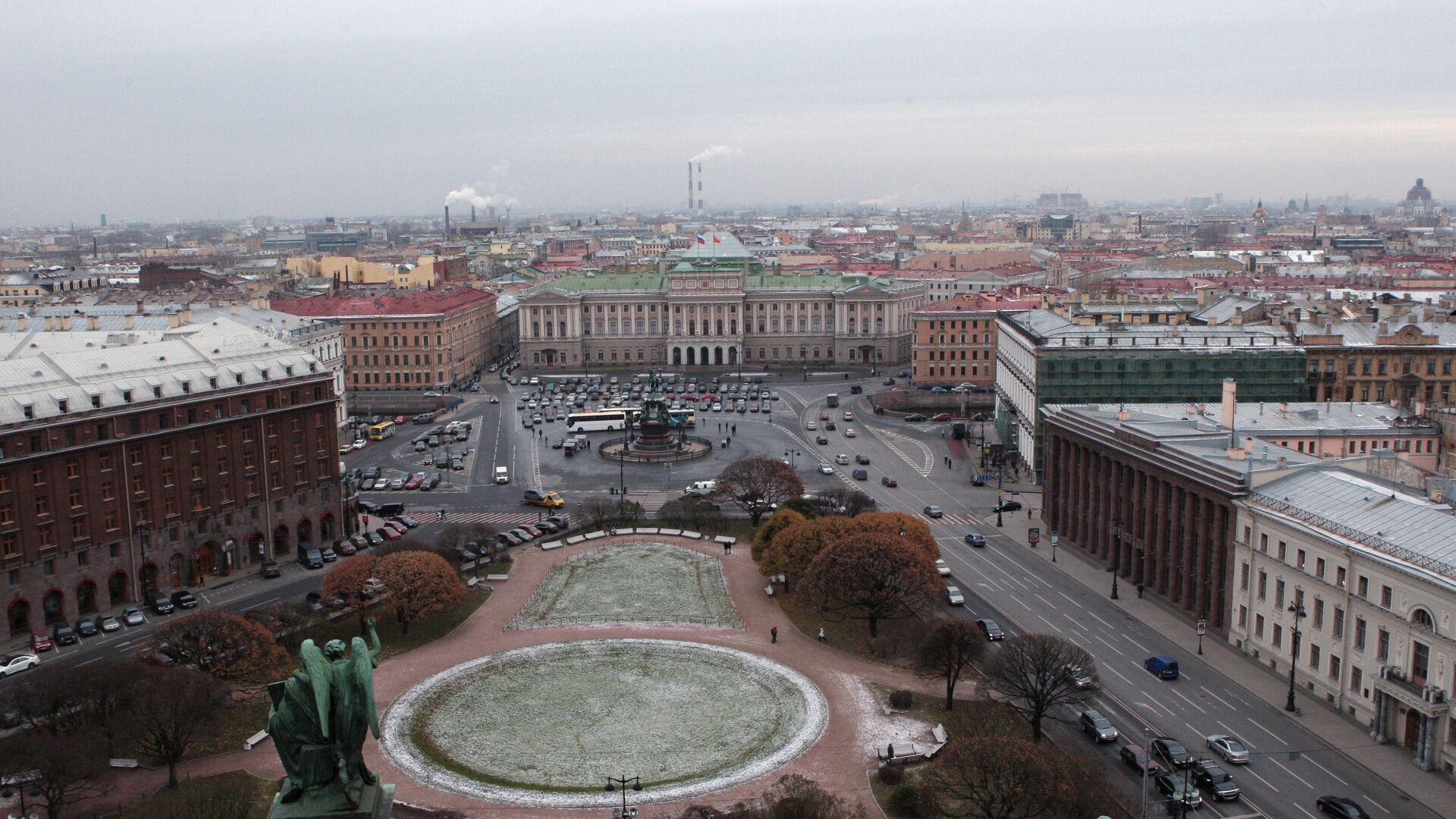 Вид на Мариинский дворец и Исаакиевскую площадь - РИА Новости, 1920, 26.07.2021