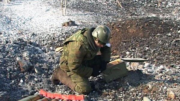Военные утилизируют боеприпасы времен ВОВ. Архивное фото