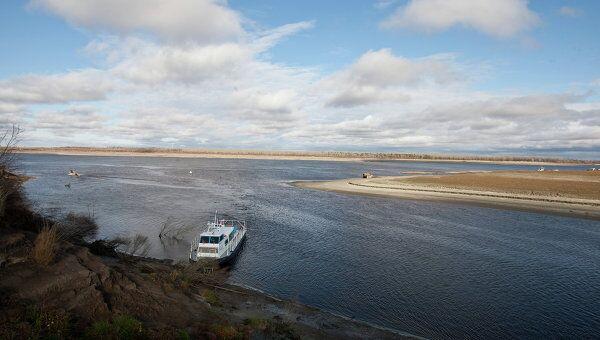 Вид на реку Обь с острова Заполой в Парабельском районе Томской области
