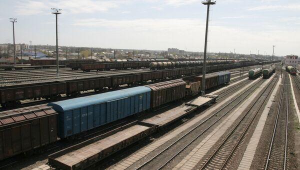 Вагоны на железной дороге. Архивное фото