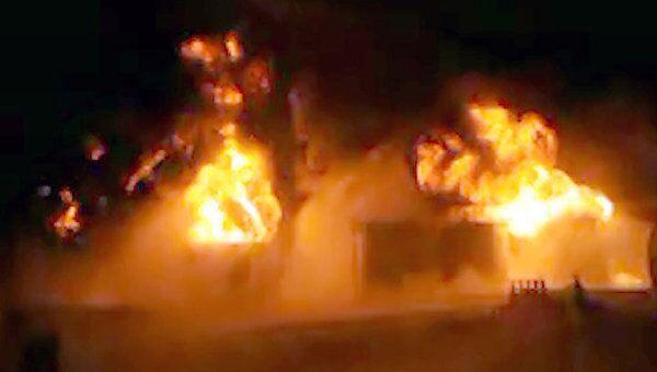Пожар в хранилище топлива под Новым Уренгоем. Видео с места ЧП