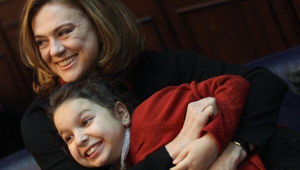 Светлана Сорокина с дочерью Тоней (2010 г.)