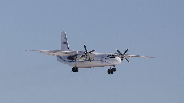Самолет АН-24, архивное фото