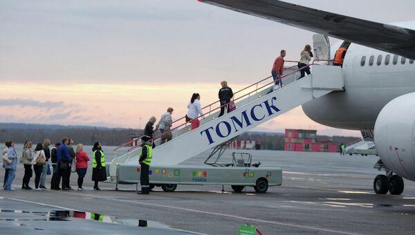 Томский аэропорт, архивное фото