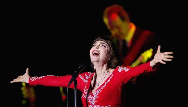 Юбилейный концерт французской певицы Мирей Матье. Архив