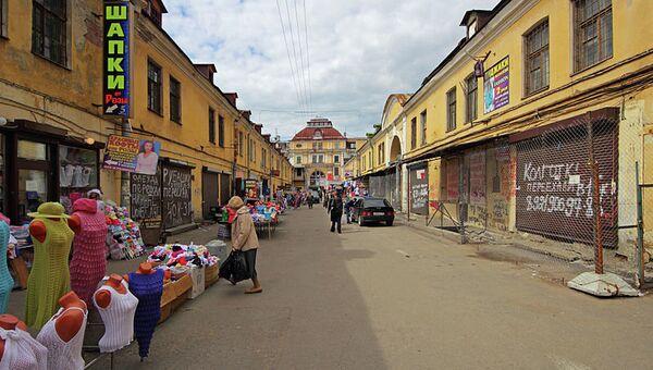 Апраксин двор в центре Петербурга. Архивное фото