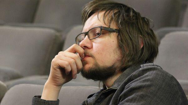 Один из самых востребованных молодых режиссеров Петербурга Дмитрий Волкострелов
