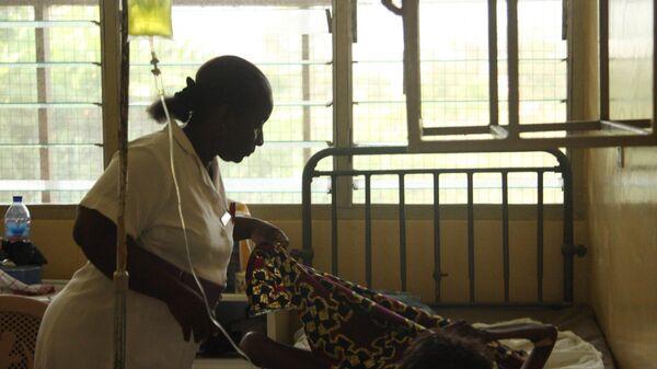 Больные СПИДом и анемией (малокровием) в стационаре Учебного госпиталя в Аккре