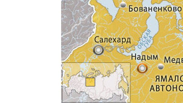 Вертолет Ми-8 аварийно сел в Надыме