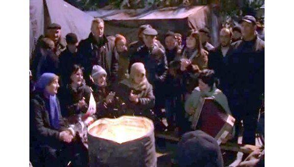 Сторонники Джиоевой играли на гармони, узнав об отставке Кокойты
