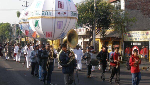 Мексиканцы отмечают День Святой Девы Гваделупской. Архив