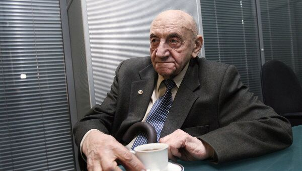 Академик Борис Черток. Архив
