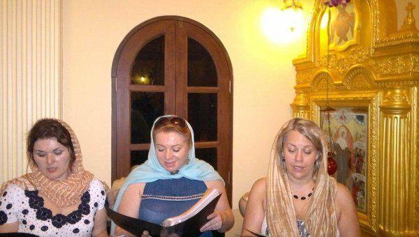 Оперные певцы из РФ выступили в роли певчих церковного хора во время рождественского богослужения в таиландском курортном городе Паттайя