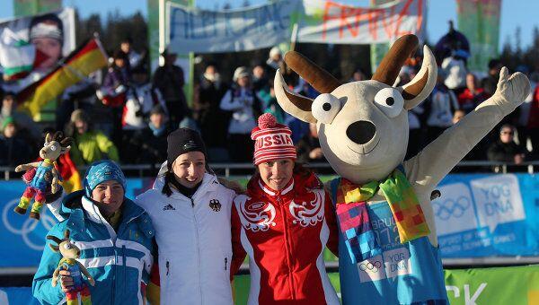 Галина Вишневская, Франциска Преусс и Ульяна Кайшева (слева направо)