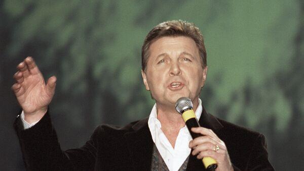Эстрадный певец Лев Лещенко. Архивное фото
