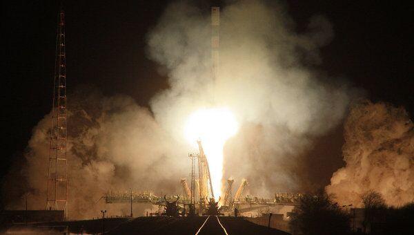 Запуск ракеты Союз-У с грузовым кораблем Прогресс М-14М
