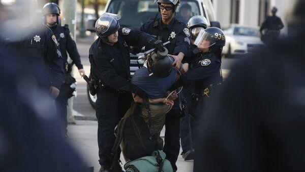 Аресты участников акции Уолл-стрит в Окленде