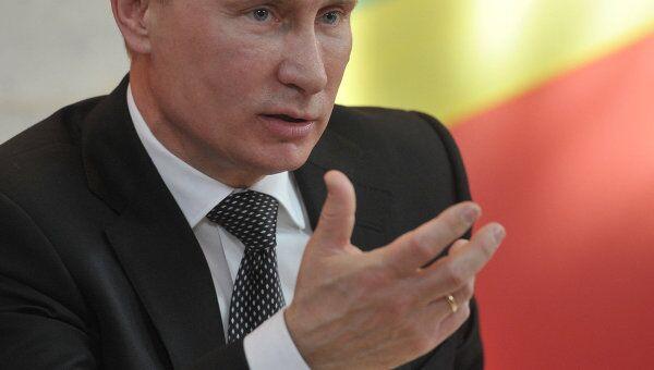 Госконтроль за бизнесом должен быть резко ограничен, считает Путин