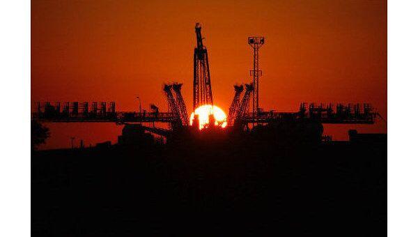 Восход солнца на космодроме Байконур. Архив