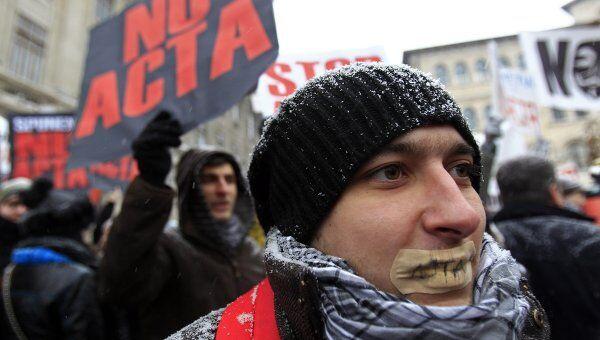 Акция протеста против антипиратского законопроекта в Бухаресте