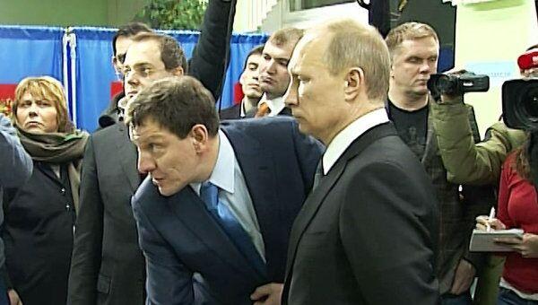 Путин увидел ПАК в действии на избирательном участке в Новосибирске
