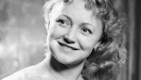 Народная артистка СССР Людмила Касаткина
