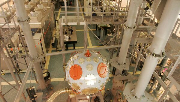 Установка Луч в Российском федеральном ядерном центре. Архив
