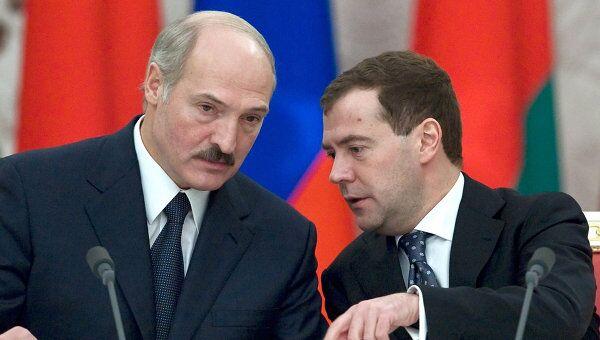Подписание документов по итогам заседания Высшего Госсовета Союзного государства в Кремле