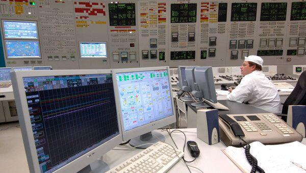 Блочный щит управления электростанцией. Архив
