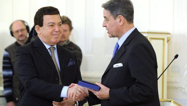 Церемония вручения премий правительства РФ 2011 в области культуры