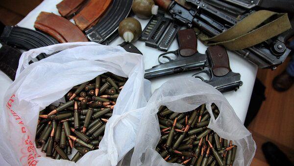 Оружие, патроны. Архивное фото