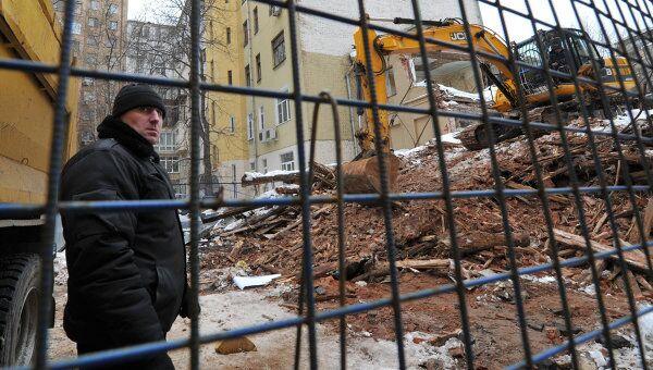 Снос дома в Большом Козихинском переулке в Москве