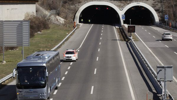 Автобус с родственниками погибших в ДТП в Швейцарии