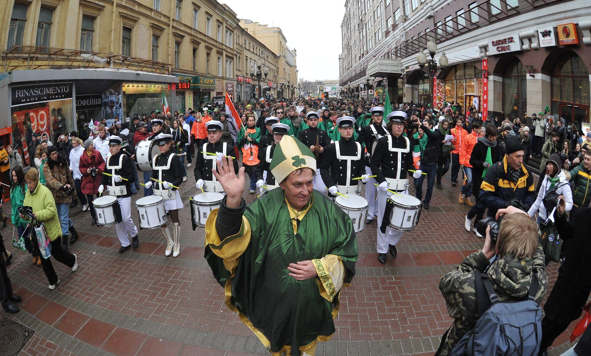 Парад в честь Дня Святого Патрика в Москве - РИА Новости, 1920, 18.03.2021