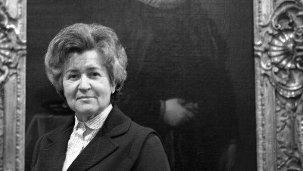 Директор Государственного музея изобразительных искусств имени А. С. Пушкина Ирина Антонова. 1983 год