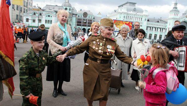 В День Победы на улицах