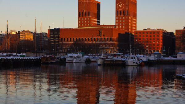 Виды Осло: Городская ратуша (архитектор Рагнер Эстберг, 1933 -1950 гг.)