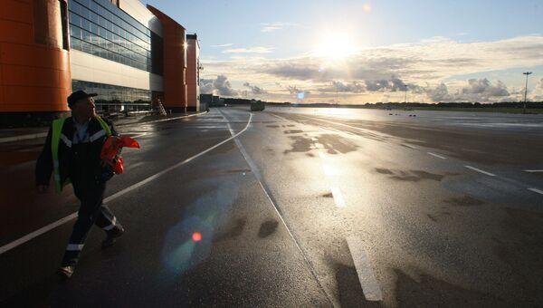 Работа международного аэропорта Калининграда Храброво. Архивное фото