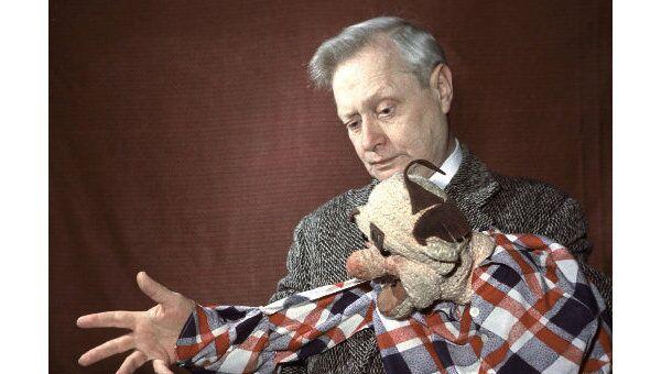 Народный артист СССР, художественный руководитель и директор Государственного центрального театра кукол Сергей Образцов