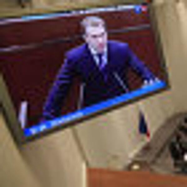 Игорь Шувалов на правительственном часе в Совете Федерации РФ. Архив