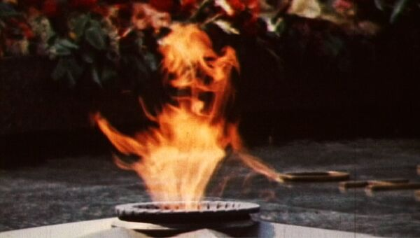 Мемориал Могила Неизвестного Солдата открылся в Москве 45 лет назад