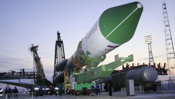 Вывоз ракеты Союз-У с грузовым кораблем Прогресс М-14М