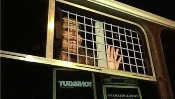 Задержанная Ксения Собчак