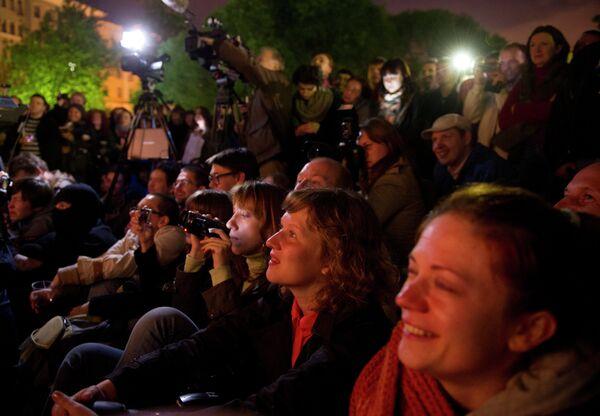 Театр.doc представил спектакль в лагере оппозиции на Чистых прудах