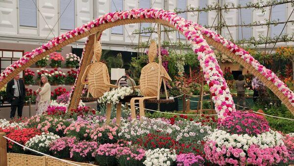 Лондонское Цветочное шоу отмечает бриллиантовый юбилей Елизаветы II